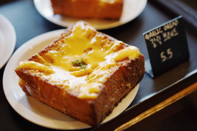 「MANSION5」のパン