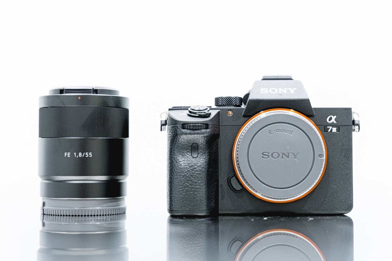 Sony α7IIIと単焦点レンズ Sonnar T* FE 55mm F1.8