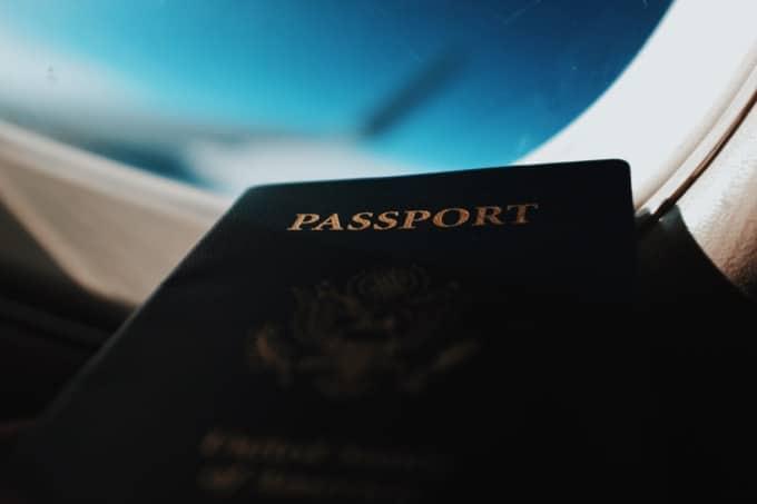 海外旅行のトラブル3:パスポートを盗難される