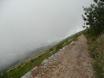 ゾルジ山道