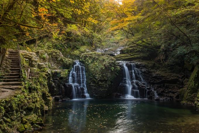 名張市の赤目四十八滝を散歩する