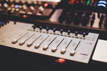 Premiere Proで音声を聞き取りやすくするエフェクトの設定まとめ