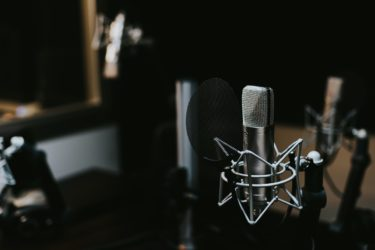 ラジオ型YouTubeの収録・編集・公開に必要なものを全部公開
