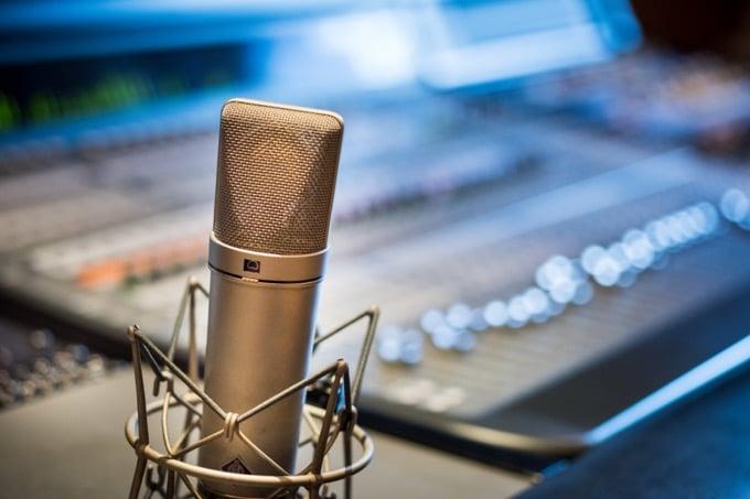 FMラジオのパーソナリティーに就任するまで【下積みを公開】