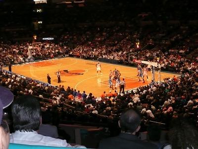 ニューヨークで観るNBA!ニューヨークニックス vs ニューオーリンズホネッツ