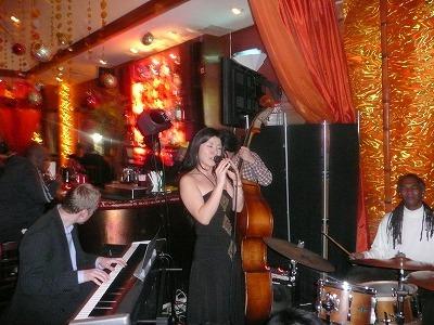クリスマスに、ニューヨークの、ハーレムで、ジャズとディナー
