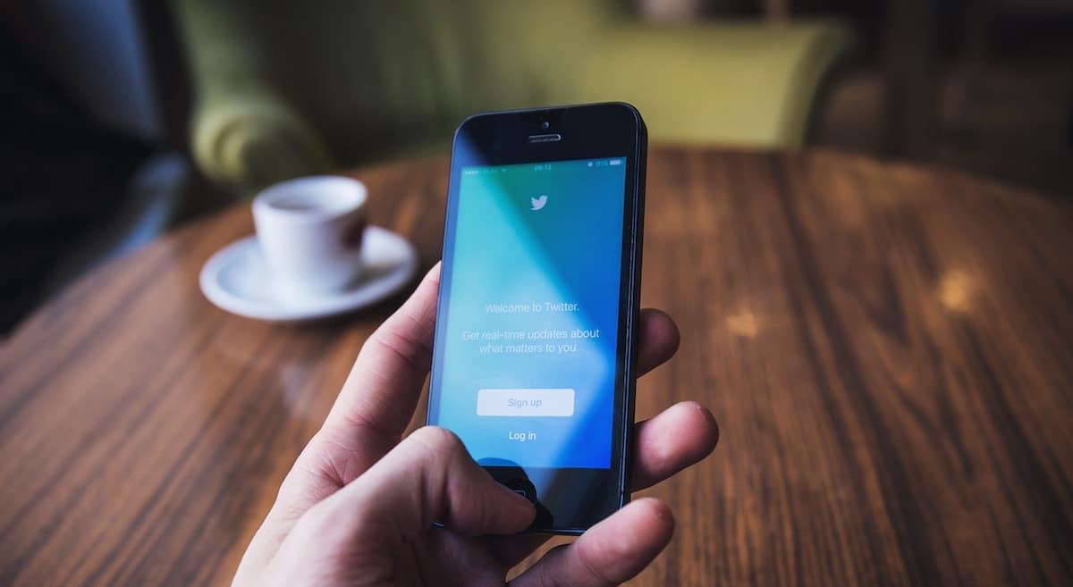 普通の人が無理せずツイッターのフォロワーを増やす方程式