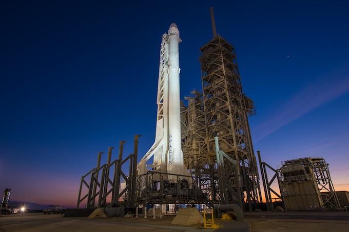 宇宙旅行の値段は1050万円〜22億円!6社の料金を比較しました