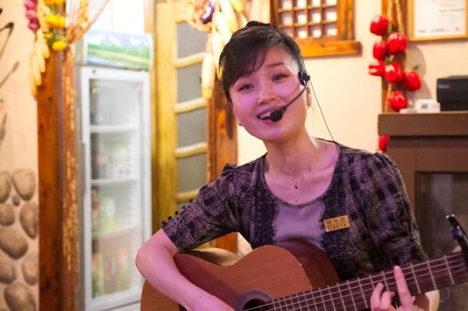 ウラジオストクの北朝鮮レストラン「カフェ 平壌」で美女のアリランを聞いた